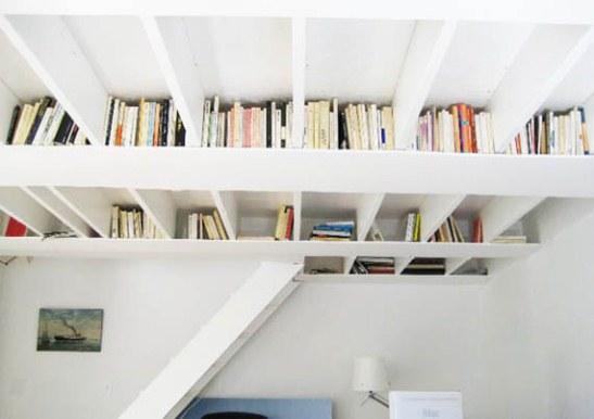 Le Librerie Salva Spazio Piu Ingegnose Per Piccoli Appartamenti