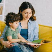 Leggere aiuta i bambini con autismo a relazionarsi meglio