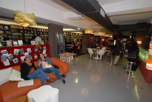 CAFFE' LETTERARIO a Roma
