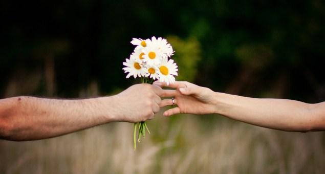 Giornata mondiale della gentilezza, ecco gli aforismi da dedicare oggi