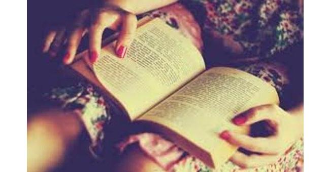 Ecco i segreti per imparare a leggere un libro alla settimana