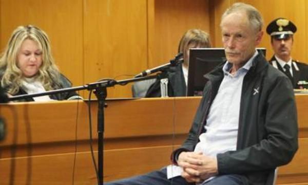 """No Tav, Erri De Luca condannato ad otto mesi per """"istigazione a delinquere"""""""