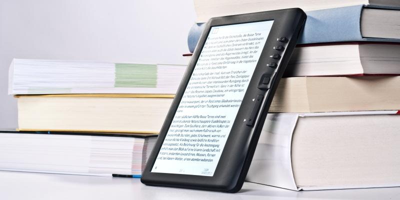 """Come si legge nel mondo, la """"carta"""" batte ancora l'e-book"""