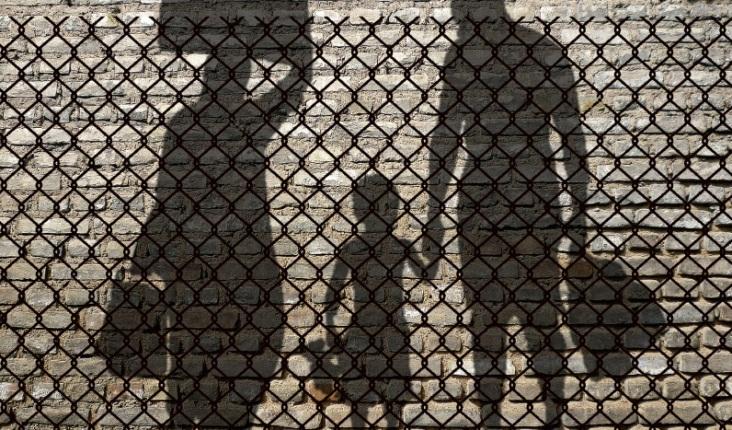 """Donne, migranti e le mille """"ombre"""" della società tunisina raccontate da Azza Filani"""