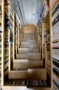 Una scala di libri
