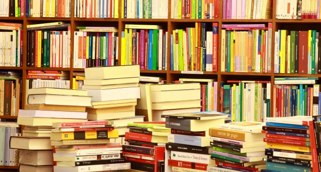 """Il mercato del libro in Italia, permane il segno """"meno"""""""