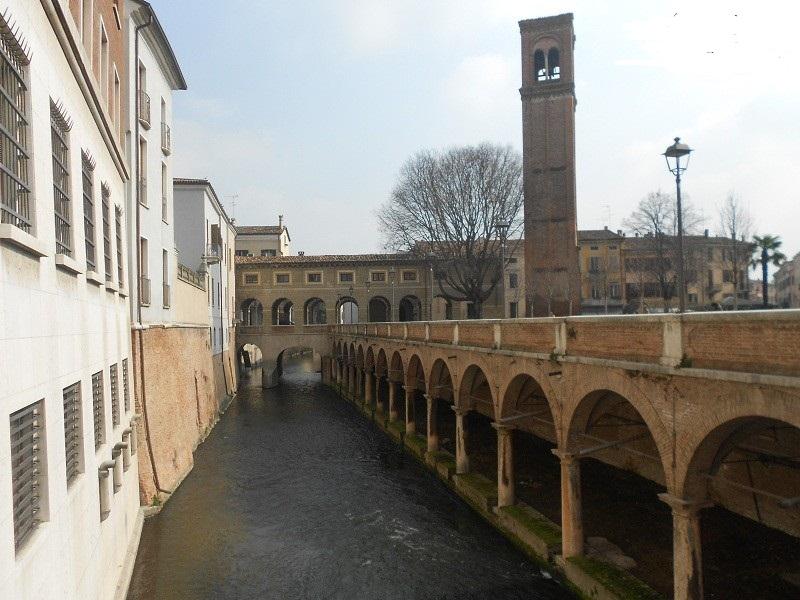 Lungo-Rio-IV-Novembre-Mantova
