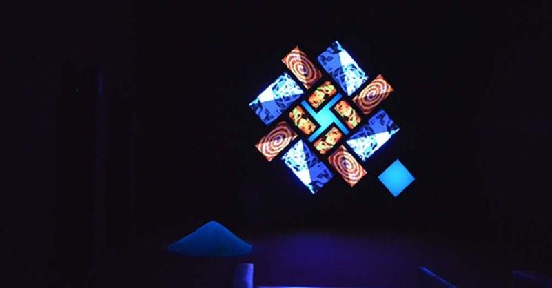 """Brian Eno, a Bari in scena il fascino ipnotico dei suoi """"light paintings"""""""