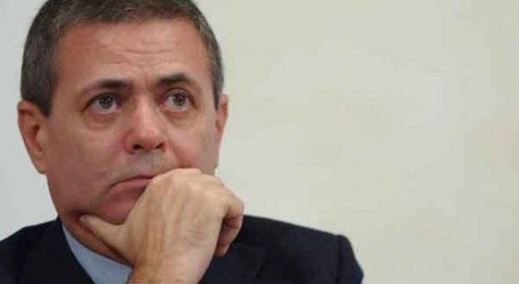 """Ezio Mauro lascia la guida de """"la Repubblica"""""""
