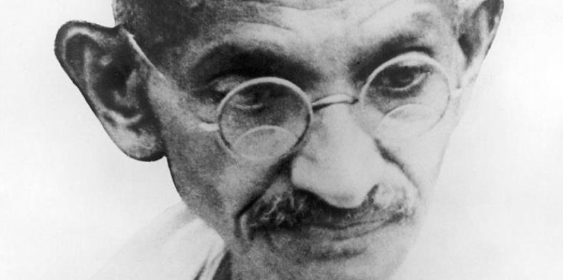 Mahatma Gandhi, le frasi e gli aforismi del simbolo della nonviolenza