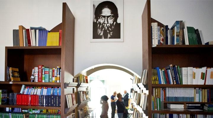 Libreria dell'Arco di Matera, quando la movida sfratta la cultura