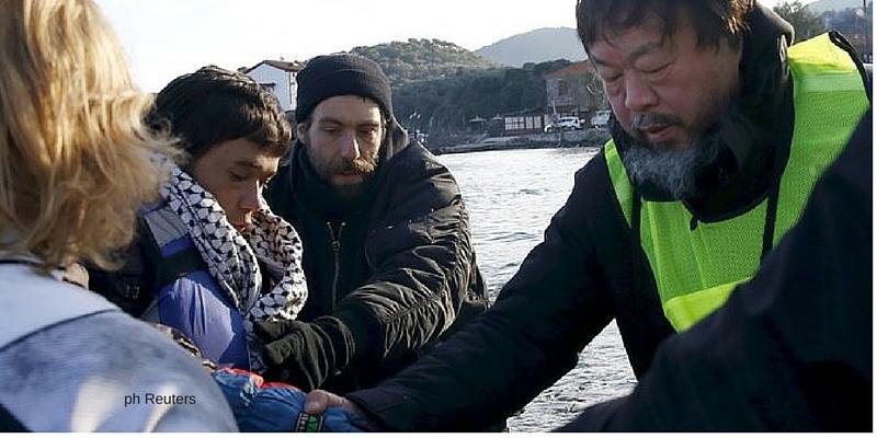Danimarca, l'artista Weiwei contro la confisca dei beni ai profughi.