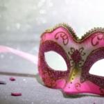 Carnevale, le dieci maschere preferite dalle amanti dei libri (Parte 2)
