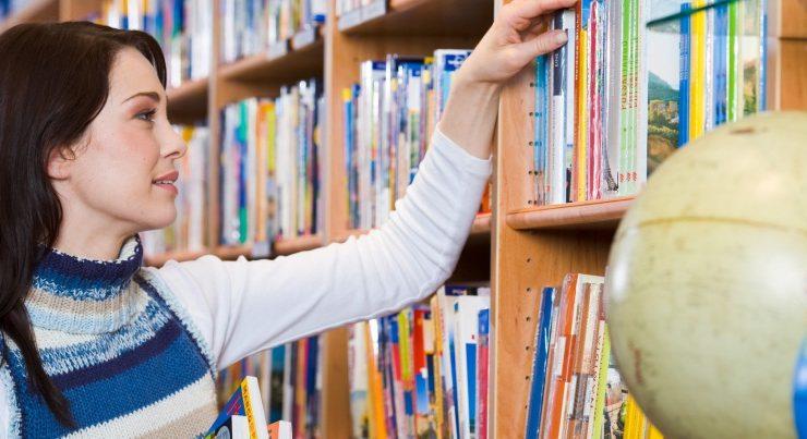 Come si informano gli italiani, Internet non ha superato i libri