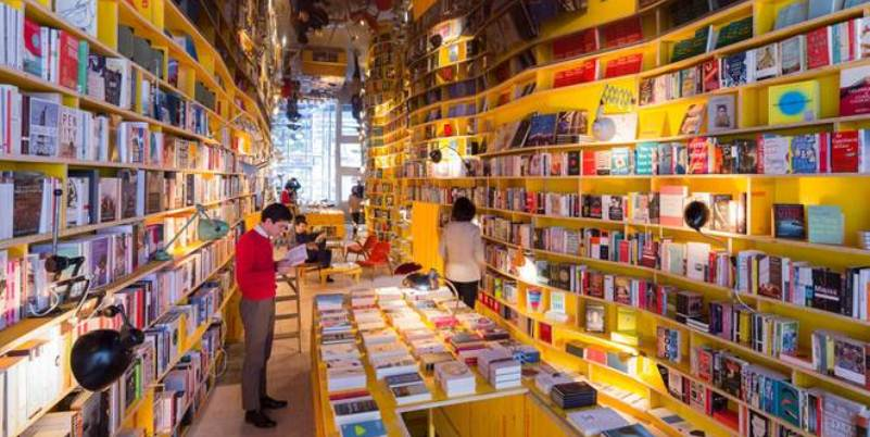 New London, la libreria inglese che vieta l'uso di smartphone e tablet