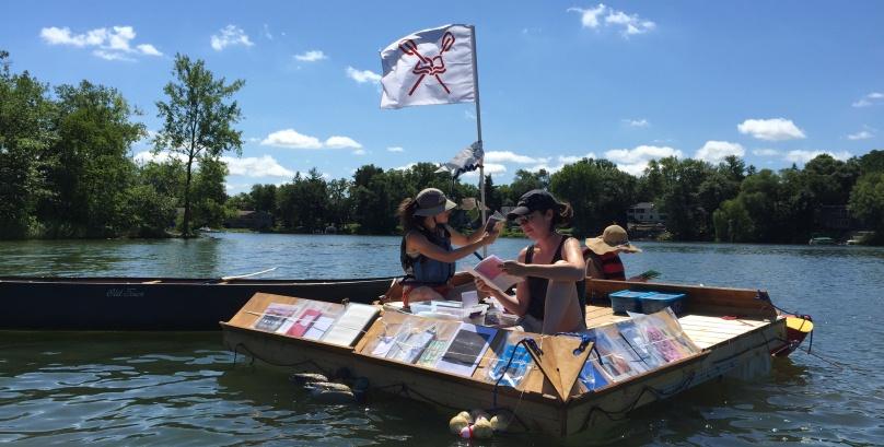 Floating Library, la biblioteca galleggiante dei laghi americani