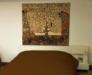 Klimt-Albero-Vita-tela-arte-manifatture-cotoniere-libreriamo-store-500x406