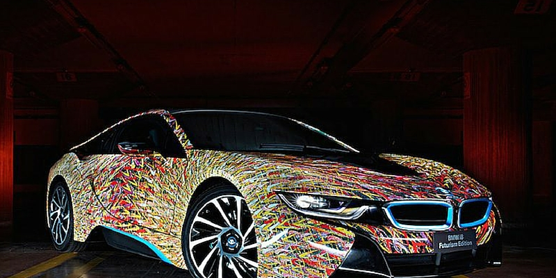 In foto la BMW i8