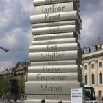 Le statue letterarie più curiose al mondo | Der moderne Buchdruck ( Modern book printing), Berlino