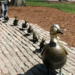 Le statue letterarie più curiose al mondo | Anatre di Robert McCloskey, Boston