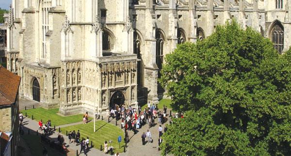 Il Canterbury di Geoffrey Chaucer