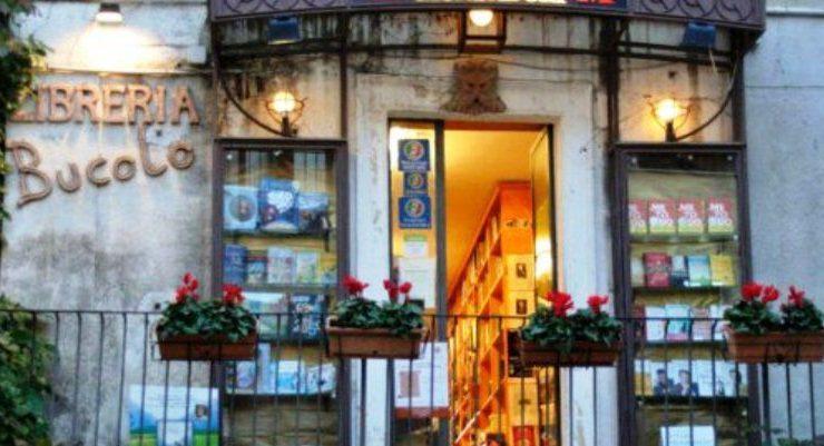 Libreria di Taormina a rischio chiusura, parte la petizione per salvarla