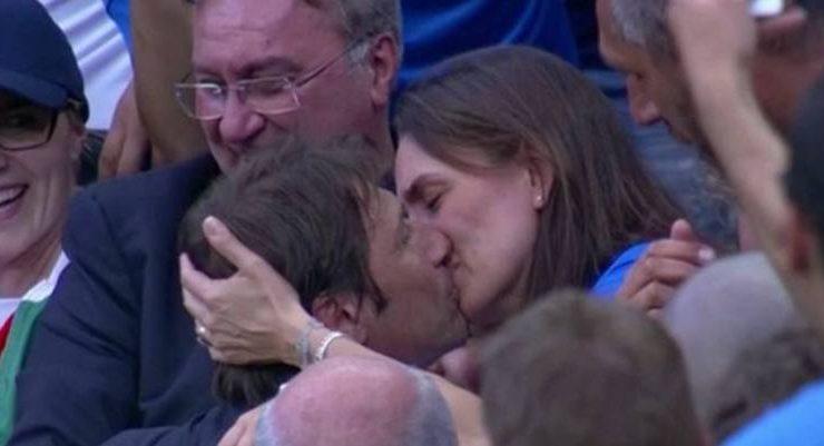 Giornata Mondiale del Bacio, i baci più virali del web: Antonio conte batte Clark Gable