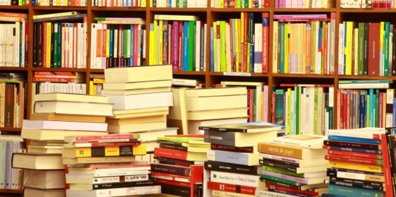 Caro libri, ecco come risparmiare sull'acquisto dei libri scolastici quest'anno