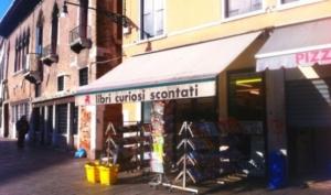 Venezia diventa capitale di cultura, una passeggiata tra le librerie più suggestive della città