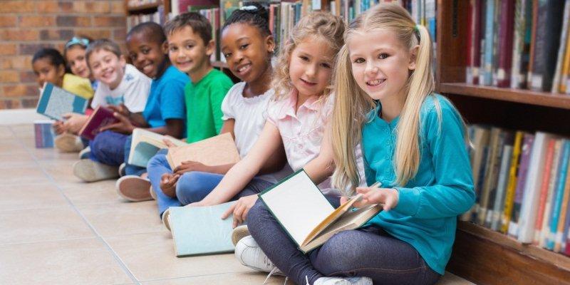 #Ioleggoperché, le prime testimonianze di messaggeri, librai ed insegnanti