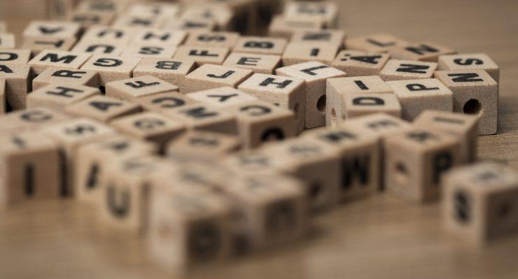 Perché è importante la distinzione tra Nomi Comuni e Nomi Propri