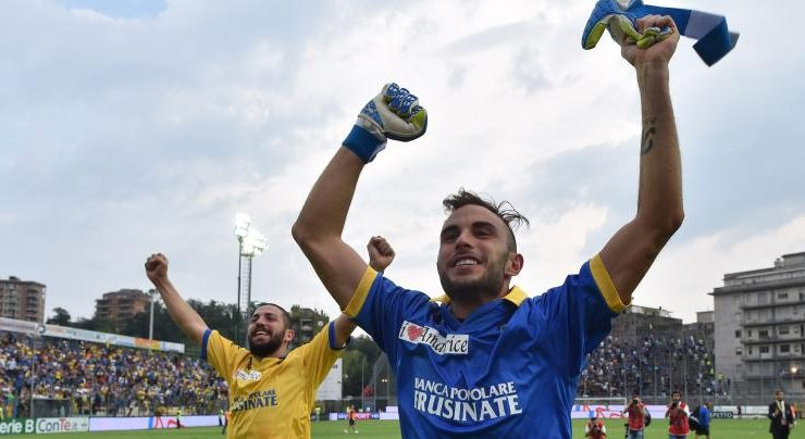 """""""Sfatiamo il tabù che i calciatori non leggono"""", parola del portiere Francesco Bardi"""
