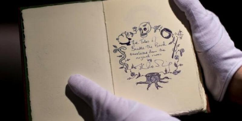 All'asta il manoscritto di Beda il Bardo regalato dalla Rowling al primo editore che ha creduto in lei