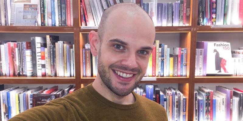 """L'importanza dei social network per """"allungare gli scaffali di una libreria fino allo smartphone"""""""