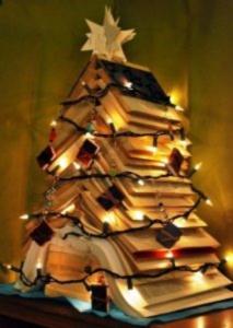 book-christmas-tree-lights-213x300