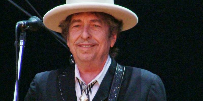 Bob Dylan non ritirerà il Nobel a Stoccolma