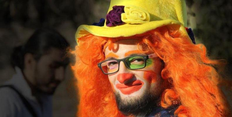 Aleppo, storia del clown che faceva ridere i bambini