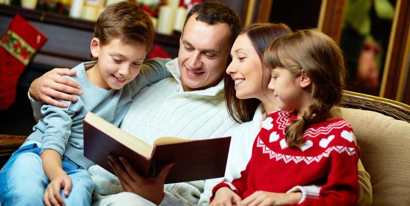 5 tradizioni natalizie pensate per gli amanti dei libri
