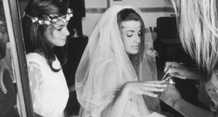 """""""Donne"""", cinquant'anni di scatti sulla femminilità"""