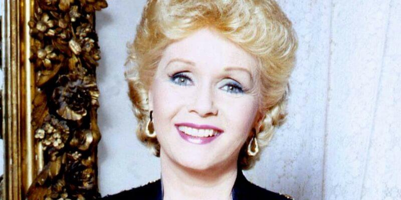 Debbie Reynolds è morta il giorno dopo la scomparsa della figlia Carrie Fisher