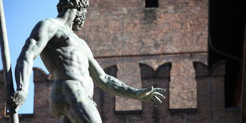 Social e il nudo artistico: la censura del Nettuno