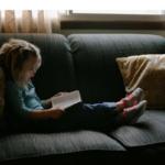 La storia della bambina che a 4 anni ha letto oltre 1000 libri