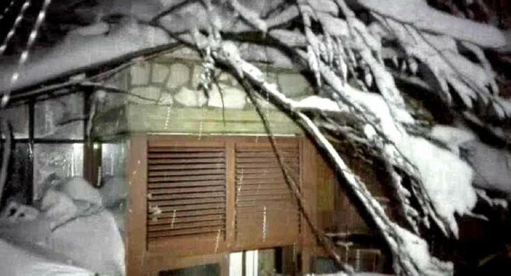 Terremoto Centro Italia, un albergo sommerso da una valanga e varie vittime