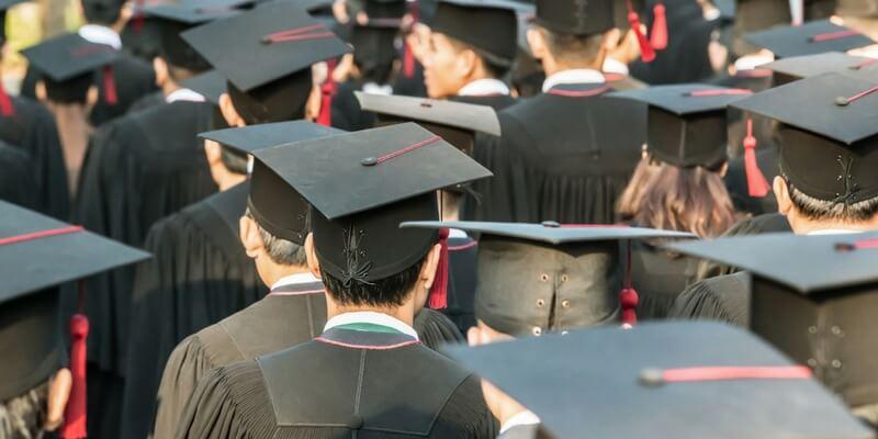 """""""Troppi ragazzi scrivono male in italiano"""", la lettera aperta di 600 docenti universitari"""