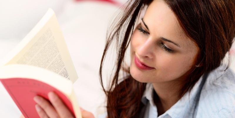 Come leggere più libri e usare meno internet e cellulare, 5 consigli da seguire