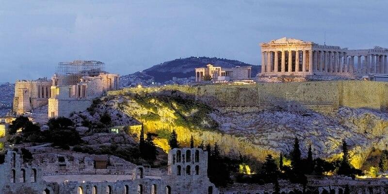 """Atene dice """"no"""" a Gucci, la sfilata sull'Acropoli non si farà"""