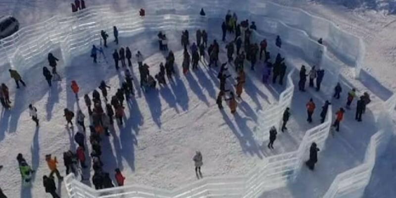 Siberia, la prima biblioteca di ghiaccio della storia raccoglie i sogni del mondo