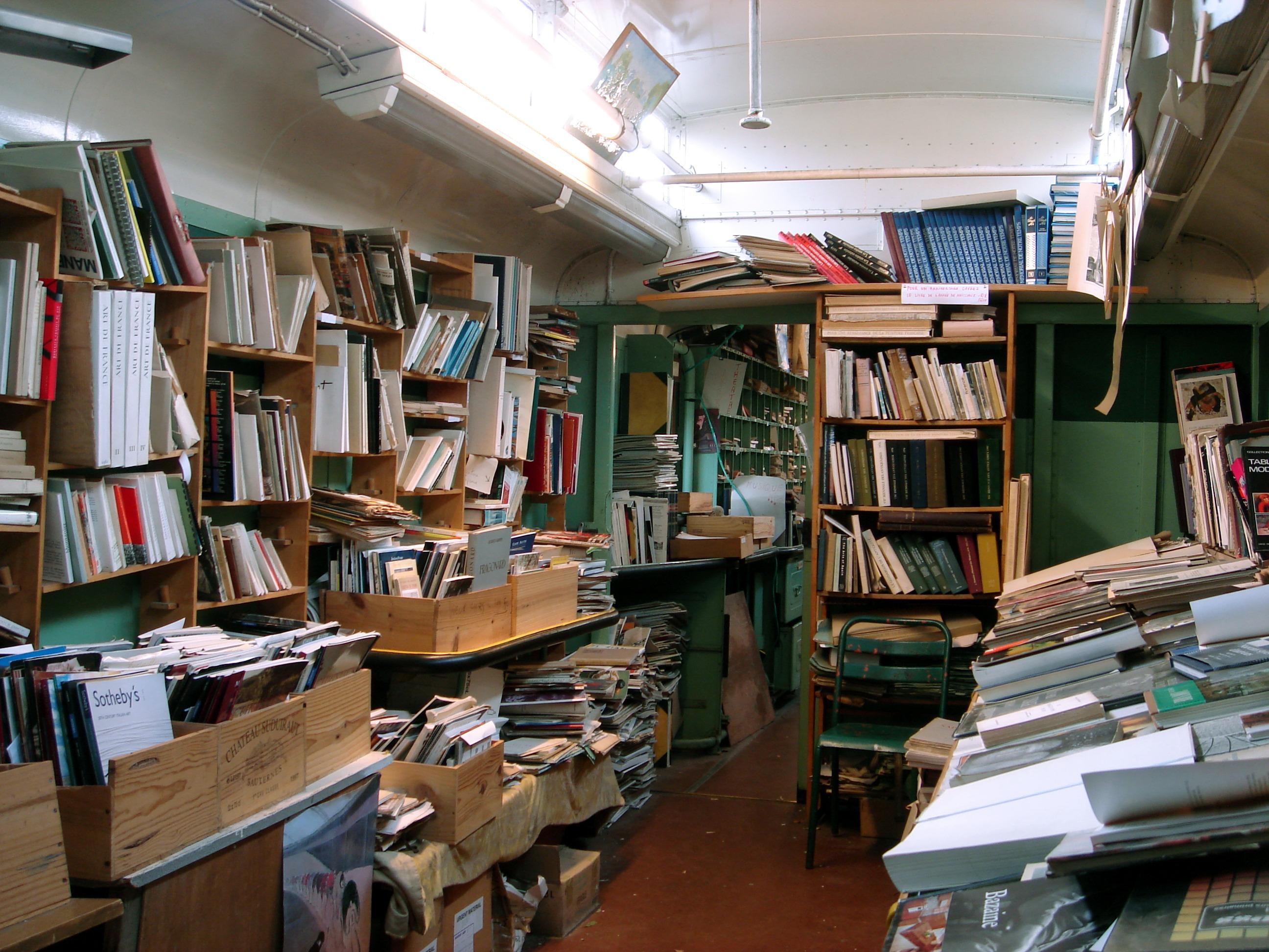 La Grotta di libri, Auvers-sur-Oise, Francia