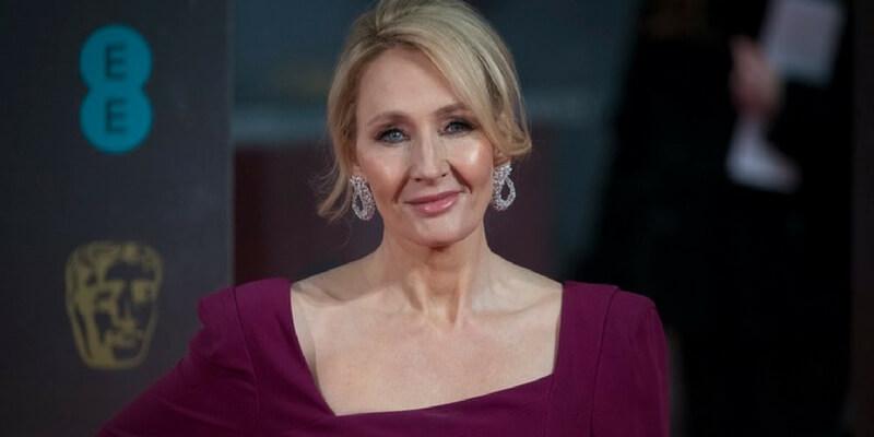J.K. Rowling ha rivelato quale sarà il titolo del suo nuovo romanzo