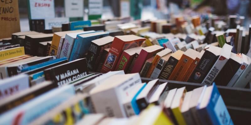 Le offerte di primavera, 10 libri imperdibili a meno di 2 euro